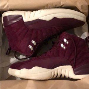 Jordan 12 Bordeaux s